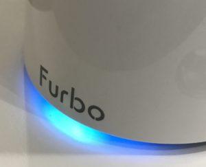 FurboドッグカメラのLEDが光っているところ