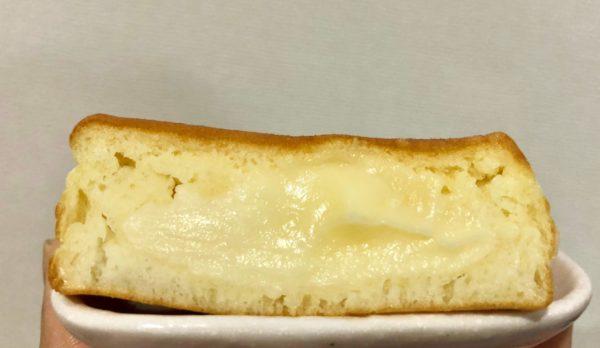今川焼クリームチーズの断面