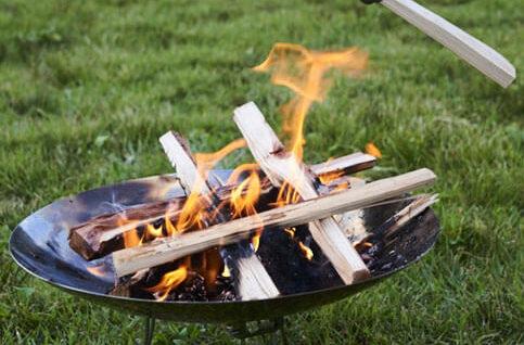 円盤形の焚き火台